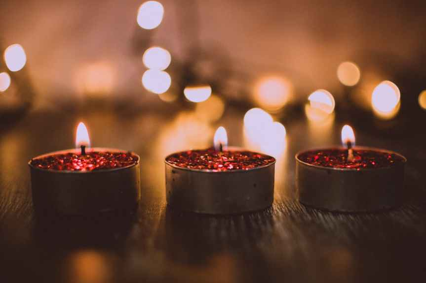 macro shot photography of tea candles
