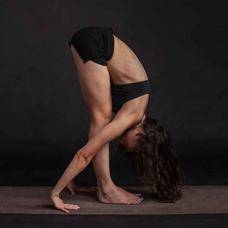 body stretching yoga beauty